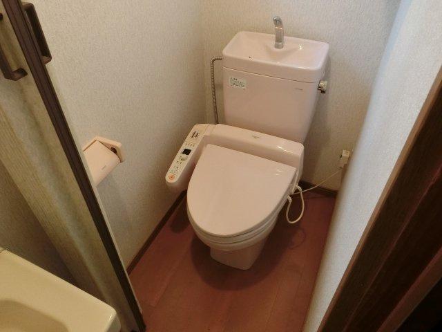 太平寺1丁目4K戸建て トイレ