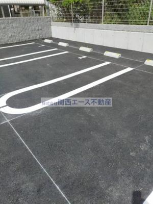 【駐車場】シャルマン大蓮北