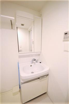 【洗面所】レオンコンフォート大阪ドームシティ