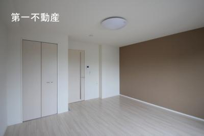 【洋室】シャイン ハートⅡ