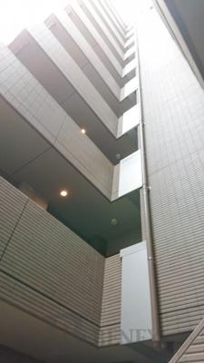 コンシェリア新宿ヒルサイドスクエアの外観です
