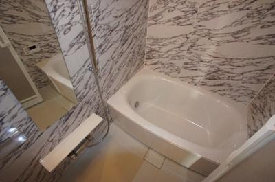【浴室】Y´sコート東梅田