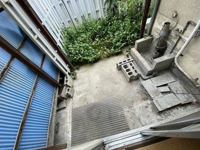 【バルコニー】高西町3戸1貸家 (株)Roots