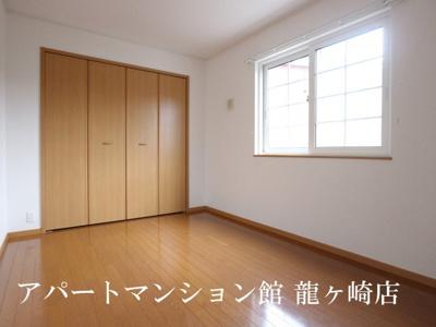 【寝室】さくらヒルズ霞台 弐番館