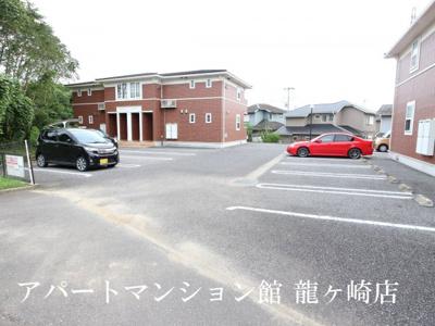 【駐車場】さくらヒルズ霞台 弐番館