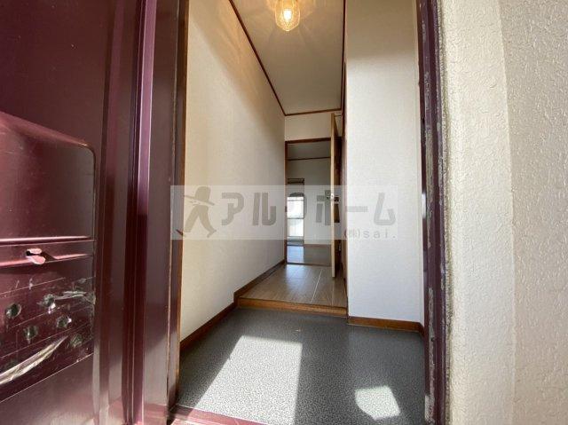 メゾンド玉手(柏原市玉手町) 玄関