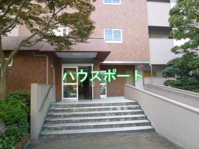 【エントランス】山科団地B棟
