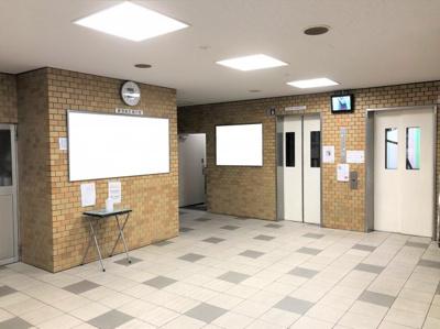 ロビー・エレベーター