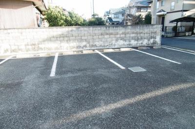 【駐車場】フルハウスA