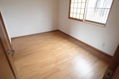 【洋室】岡山4丁目貸家
