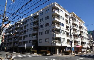 【現地写真】 鉄筋コンクリート造7階建て♪ 総戸数61戸♪