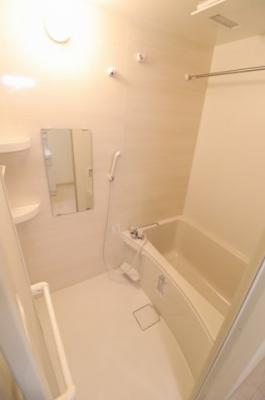 【浴室】パインポルテ国立