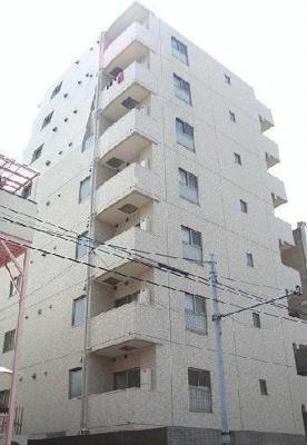 鉄骨鉄筋コンクリート造のガッチリとした建物。