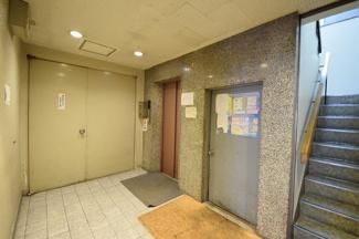 大東ビル エレベーター