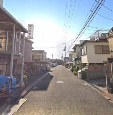 JR阪和線『津久野』駅までバス14分♪駐車2台可(車種に制限あり)♪