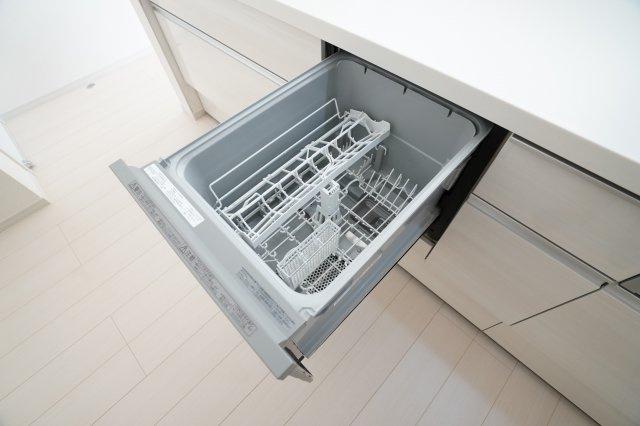 食洗機乾燥機付で嬉しいですね。