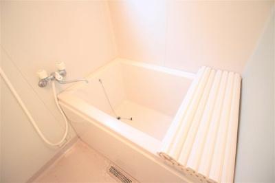 【浴室】ヴィラ・ロワール