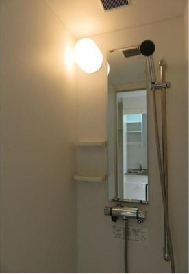 ハーモニーテラス栄町Ⅱのシャワーを浴びることができます☆