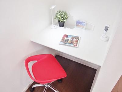 【当社施工例】 キッチンの近くには、ママの為の多用途空間ママカウンターを!楽しみ方いろいろです♪
