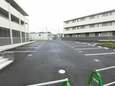 【駐車場】BLESS昭島 B棟