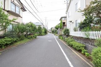 車通りが少なくお静かな環境となっております