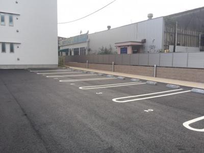 【駐車場】レガーロ