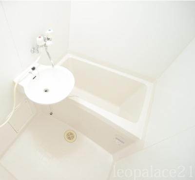 【浴室】レオパレスエリュシオン(38021-207)
