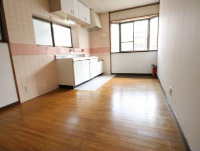【居間・リビング】深野5丁目貸家