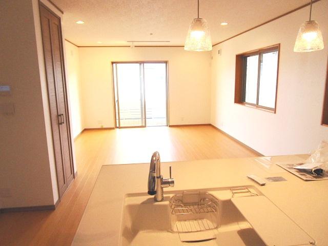【居間・リビング】西舞子8丁目新築分譲住宅B号棟