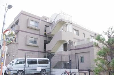 日神パレステージ東武練馬台東館の外観です。