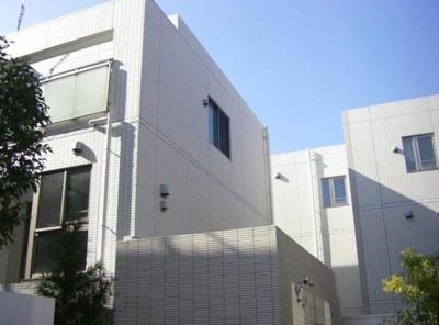 オープンレジデンス赤坂テラスの外観です。