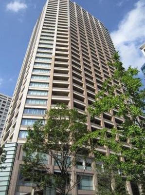 パークコート麻布十番ザタワーの外観です。