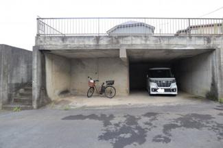 千葉市稲毛区園生町 土地 稲毛駅 カースペース2台分です!1台と自転車や倉庫代わりにも使えます!