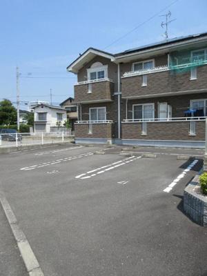 【駐車場】ハウス クレメントA・B・