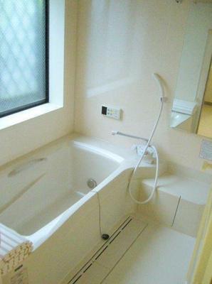 【浴室】タウンホームウィトリッヒの森