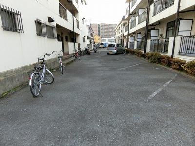 【駐車場】ウィローレヂデンスB