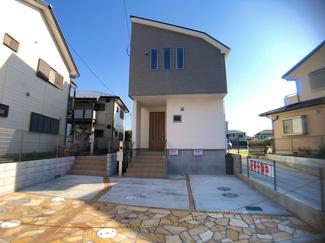 JR武蔵野線「市川大野」駅徒歩7分の全2棟の新築一戸建てです。