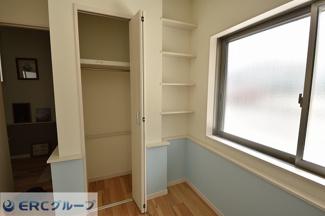 全居室収納スペース完備でお部屋をスッキリお使いいただけます!!