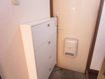 【玄関】ミネコーポ