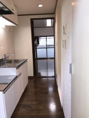 下駄箱・同物件別部屋の写真です