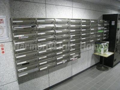 バルミー六本木の郵便ポスト☆