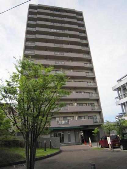閑静な住宅街に建つ 地上14階建て JR阪和線鳳駅で徒歩9分 リフォーム完了