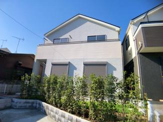 都営新宿線「本八幡」駅は徒歩21分です。