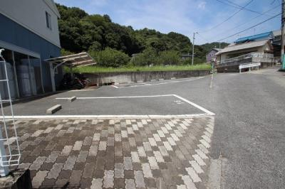 【駐車場】クレセント長尾 D棟