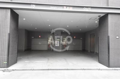 ジオタワー天六 敷地内駐車場