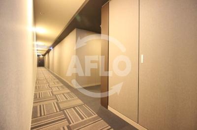 ジオタワー天六 共用廊下は内廊下使用で高級感がございます