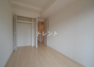 【寝室】メゾンカルム西新宿