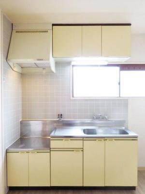 【キッチン】ドミール仲谷2号館