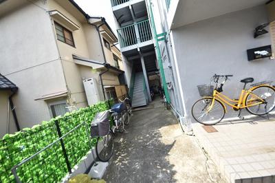 【エントランス】八戸ノ里グリーンハイツ