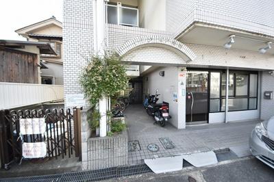 【エントランス】グランピア松村